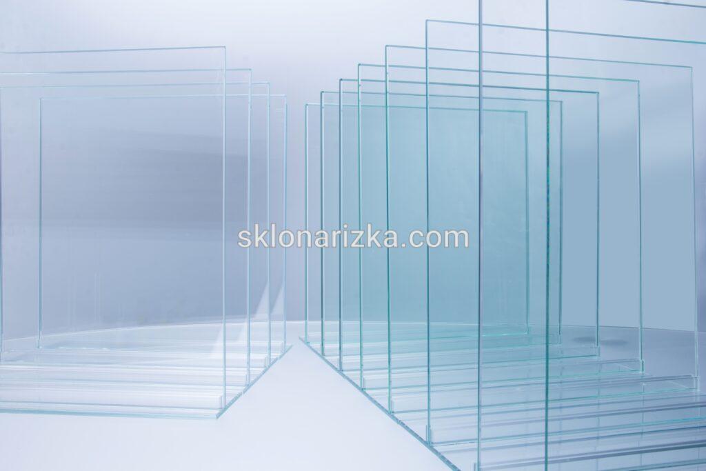 Прозоре віконне скло товщинами 2 - 10мм на Склонарізці у Львові