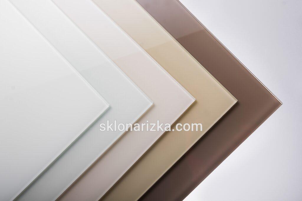 Фарбоване скло лакобель_ ультра-сніжно білий, білий, слонова кістка, бежевий пісок та коричневий кольори_