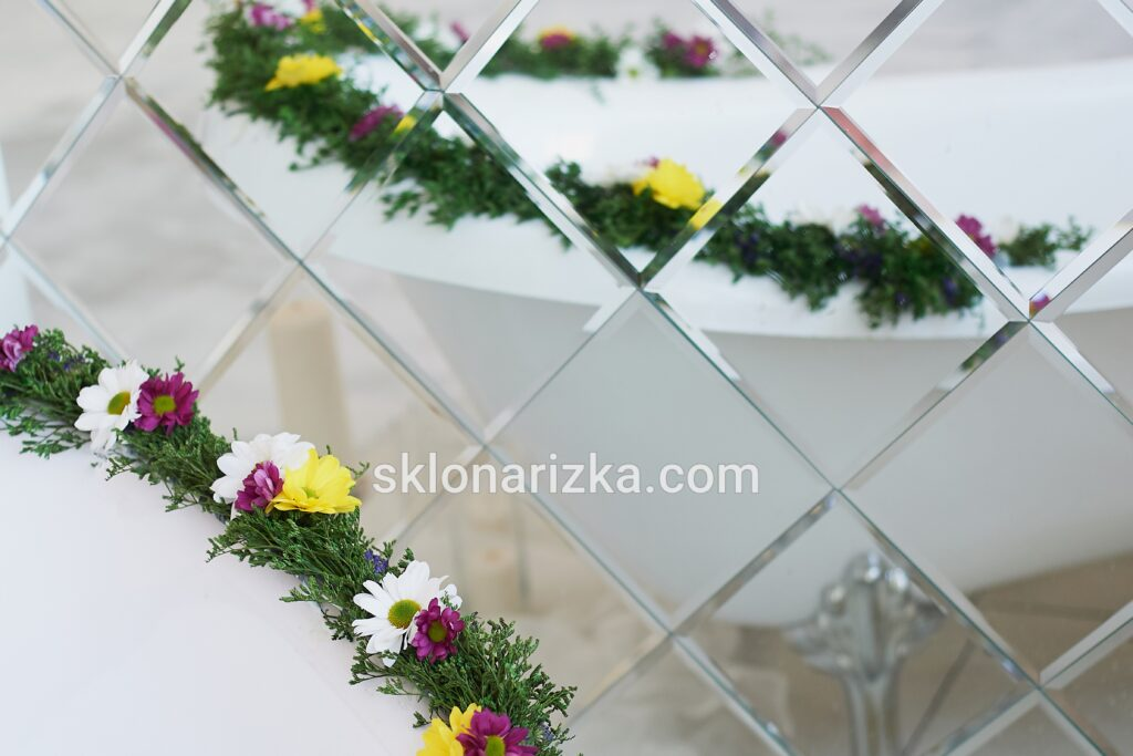Класична дзеркальна плитка