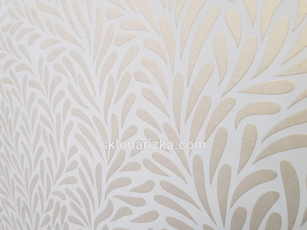 Ніжний орнамент з фарбуванням