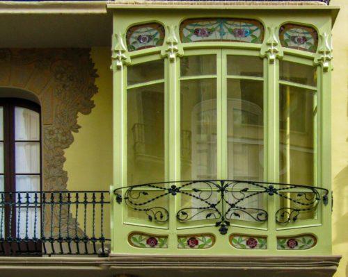 Де купити віконне скло