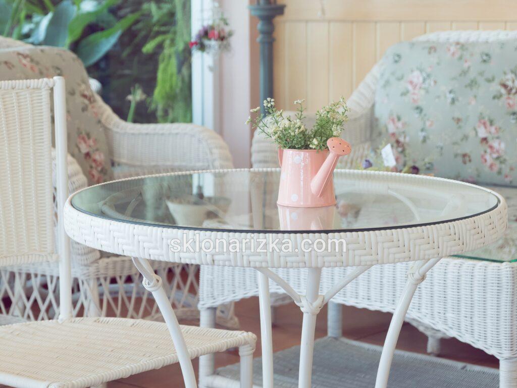 Скляна столешня з пошліфованим торцем