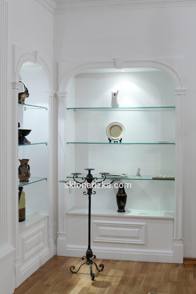 Скляні полиці з вітринного скла