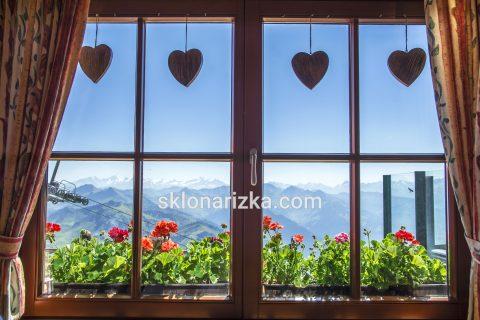 Віконне скло у дерев'яні вікна