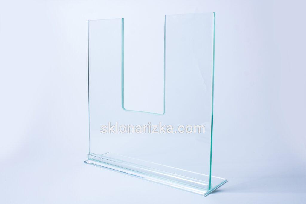Внутрішній виріз у склі за вашими розмірами у Львові_